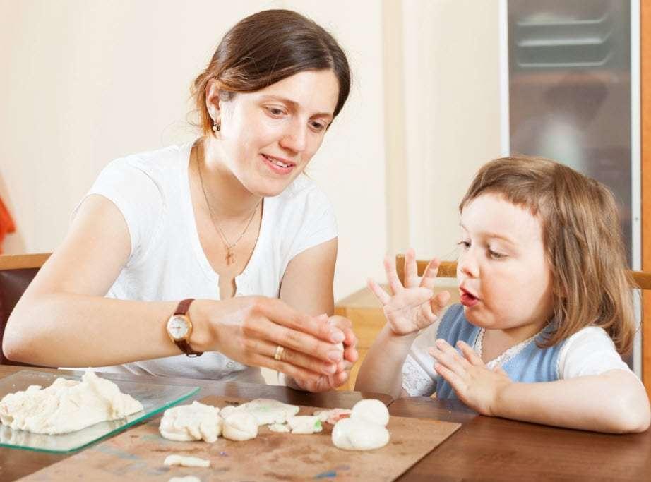 Oyun Terapisinin Çocuğa Katkıları